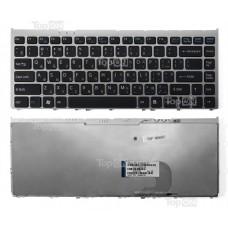 Клавиатура для ноутбука Sony Vaio VGN-FW, VGNFW Series. Плоский Enter. Черная, с серебристой рамкой. PN: 148084121, NSK-S810R.